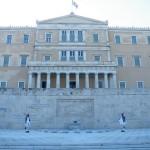 Le parlement et ses Evzones