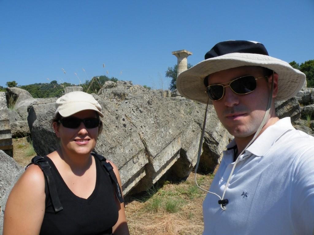 Nous deux devant le temple de Zeus