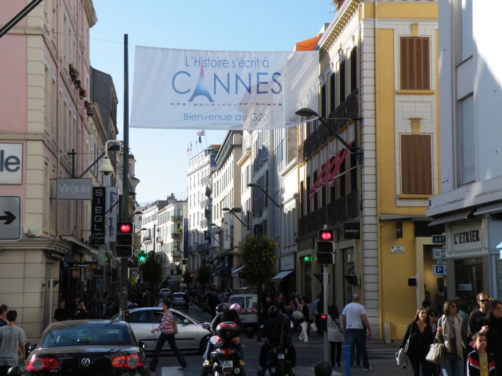 La rue d'Antibes à Cannes