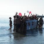 Tradition vénitienne : bain à midi le 1er janvier sur la plage de l'ile du Lido